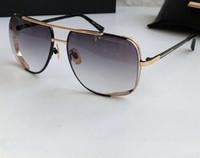 Männer zwischen Nacht Spezielle Sonnenbrille Gold / Grautöne Run Way Sun-Glas-Sonnenbrille Mens Pilot Sonnenbrille Ferien Brillen New wth Box