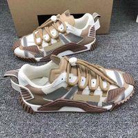 2020 Femmes Hommes Chaussures Casual Luxe Chaussures de créateurs de mode à lacets couleur Série 19FW Capsule Matching Plate-forme Chaussures de sport avec boîte size35-46