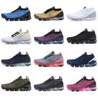 2019 TN Plus Chaussures De Course Hommes Femmes Classique Plein Air Chaussures De Sport Noir Et Blanc 2019 plus chaussure Nouvelle Chaussures Chaussures De Sport Sneakers