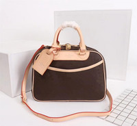 Designer de Luxo ombro Bolsas Bolsas BOWLING VAIDADE Bag Mulheres Marca Tote Flor Cosmetic Bag Real Leather Bags