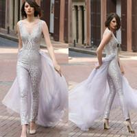 2020 Jumpsuits de Mulheres De Prata com Long Train V Pescoço Vestidos De Noite Do Assoalho De Laço Vestido De Prom Vestido Personalizado Feito Arábico Formal Vestidos Formal