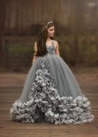 2019 Vintage Prenses Abiye Çiçek Kız Elbise Düğün Dantel Aplikler Tül Kat Uzunluk Kabarık Kız Pageant elbise