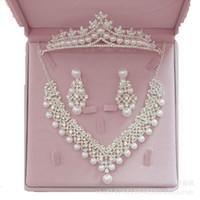 Collana Nuova nuziale orecchini in tre pezzi Pearl Copricapo Corona nuziale esplosione gioielli nozze gioielli regalo San Valentino