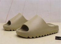 Yeni Erkekler Slaytlar Kadınlar Terlik Delik Köpük Rnner Slide Kemik Toprak Kahverengi Reçine Kemik Çölde Kum Üçlü Siyah Çocuklar Slaytlar Plajı 36-45 Ayakkabılar