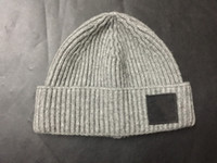 Moda-Uomo maglia Berretti Beanie di inverno cappelli degli uomini del progettista caldi SkFashion Cap adulti Hip Hop Hat regalo di Natale Nuovo trasporto libero