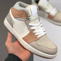 2020 New 1 1s Mid Milano Mens Basketball Shoes Beige chiaro Noble Red GS donne del progettista Sport Sneakers skate Trainers Chaussures 36-46