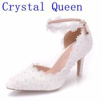 كريستال الملكة الدانتيل الأبيض زهرة أحذية الزفاف الانزلاق على أحذية الزفاف أشار تو عالية الكعب النساء مضخات الضحلة أشار تو 8CM CJ191217