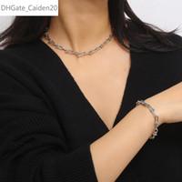 Einfach Minimalist Platz Short Kragenchoker & Bettelgoldfarben-Halsketten-Armband-Set für Frauen Männer Schmuck