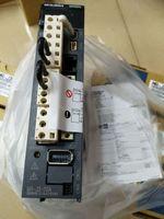 미츠비시 서보 모터 MR-J3-20B MR-J3-20A 무료 배송 속속들이 박스 있음