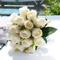 Großhandel Hochzeit Dekoration 18pcs / Bündel Qualitäts-Herbst-Silk künstliche Rose-Braut-Holding-Blumen-Rosen-Blumen-Blumenstrauß