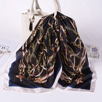 Мода Шелкового Sauqre шарф Женщина шарф Роскошные цепи Печатный Foulard площадь оголовье шарфы палантины Tie 2020 Новая