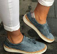 ازداد جديد مصمم أحذية بدون كعب المرأة قماشية الانزلاق على أحذية عارضة منصة مريحة للتنفس جلد فتاة صندل الحجم EU35-43
