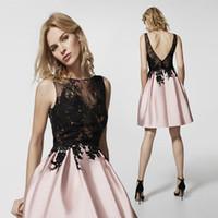 Blush Pink Lace Short HomeComing Dresses barato A-Line apliques Apliques Backless Cocktail Vestido Mini vestido de prom PROM Club de noche Use CPS363
