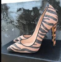 خريف / شتاء 2019 جديد براون السبيب الأحمر أسفل الأحذية ذات الكعب العالي 12CM رقيق بكعب أحذية شارب الأصابع-الضحلة الفم أحذية لباس المرأة