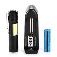 Mini torce a LED LED all'ingrosso gratuitamente con la torcia all'aperto della luce del lavoro della pannocchia con il caricatore della batteria da 14500 torcia elettrica all'aperto