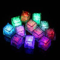 flash led RGB cube Lite lampes Glaçons LED submersible Détecteur d'eau liquide flash Bar Light Up Club Wedding Party Champagne Tour