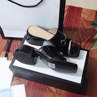 Diseñador de playa del verano zapatillas zapatos de las mujeres más grueso talón fracasos 100% Charol joven lujo medio deslizador de metal sandalias de tacón alto 35-41