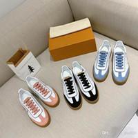 2019 nuevos de la llegada del casaul de cuero cartas Rivoli las zapatillas de deporte zapatos de moda del bordado plano ocasional 2019 zapatos de la mujer de lujo de diseño clásico de moda