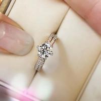 1 oktober Size Sparkly Diamond Queen Ring voor Vrouwen Meters Huwelijksgeschenkdoos Verpakking PS6431