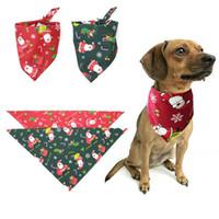 Bavaglino a forma di Natale Sciarpa a forma di animale Bavaglino con collo a forma di cane Bandana Bavaglino con colletto per cani cucito in stoffa di Babbo Natale