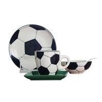 Kreative Fußball Sports Geschenk Keramik Frühstück Geschirr Set Relief Fußballthema Dinner Platten Gerichte Getreideschüssel Kaffeetasse