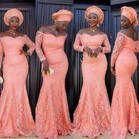 Afrikanische Korallen Brautjungfer Kleider Mermaid Long Vintage volle Spitze Formale Abendkleider aus den Shoudler Langarm Mutter der Braut