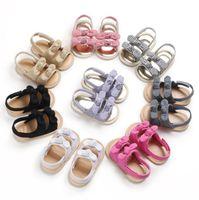 أطفال مصمم أحذية بنات طفل الصنادل طفل لينة أسفل الرضع الأولى ووكر أحذية Prewalker الصيف BOWKNOT عدم الانزلاق الصنادل الأحذية YP815
