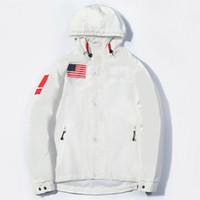 العلم الأميركي الرجال المصمم ملابس خارجية عارضة أزياء الرجال السترات عالية الجودة الهيب هوب رجال الرياضة إلى أسفل دثار