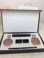 ГОРЯЧИЙ набор косметики помада подводка для глаз тушь для духов 5 в 1 парфюмерия подарочная коробка доставка DHL