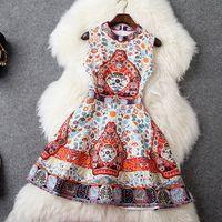 A-ligne de haute qualité sans manches Femme Slim Mini robe élégante Palais Femmes Jacquard Diamants Vintage Casual vente à chaud Robes