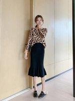 حك المرأة التنورة 2020 الخريف الشتاء النسخة الكورية الجديدة عالية الخصر حقيبة الورك تنورة طويلة الفرع ألف الأزياء كلمة عارضة 399