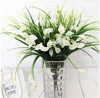 Neue schöne 25 Köpfe / Bouquet mini künstliche Calla mit Blatt gefälschte Plastiklilie Wasserpflanzen Haus Weihnachten Dekor Blume GB137
