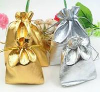 Hediye Bags7x9cm 9x12cm Düğün Çanta Torbalar Packaging Altın Gümüş Folyo Kumaş İpli Noel Hediye 50pcs Ambalaj Takı