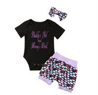Baby Girls Paillettes Abbigliamento Abiti Bambini Pagliaccetti + Pantaloncini + Capelli Banda Tre pezzi Set 2020 Primavera Estate T-shirt Abbandonata NACCHIA AFFANDE GIOCHI E21904