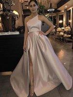 Elegante de cetim A-Line Prom Dresses 2020 Sexy Off the Shoulder alta Slit Dubai Arábia Árabe Vestido Longo Partido Vestidos