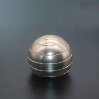 38mm 5 colores dedo giroscopio de la persona agitada Spinner Ronda de Escritorio descompresión giratorios esféricos Balón de Oro de plata de color Top artículos de la novedad 1