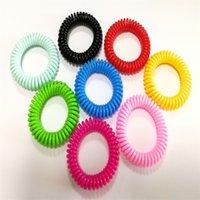 Insectes hydrofres essentiels naturels bracelets transparents bracelets de gros styles Bracelet en forme de ressort en plastique coloré 0 45hs C2