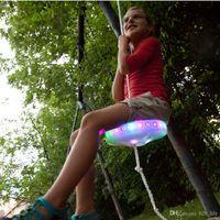 Slackers Flying Saucer Swing Seat LED المضاء مقعد أضواء LED ليلة رايدرز سوينغ مجموعة ألعاب الطيران O-LJO2234