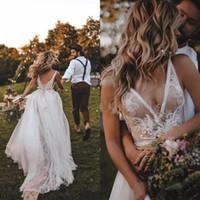 Sexy Backless A Line Wedding Dresses V Neck Lace Appliques Tulle Bridal Gown Vestido de Novia Bohemian Beach Wed Gown