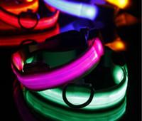 LED Flaş Tasmaları Köpek Kedi Tasmaları Fenerleri Dibo Amerika Huskies Teddy Büyük Köpek Tasmaları Sml XL Yayan LED Pet Malzemeleri Toptan