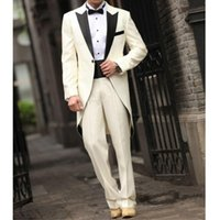 Hohe Qualität Beige Herren Anzug Hochzeit Männer Anzüge spitzen Revers Bräutigam Tailcoat Zweiteilige One Button nach Maß Anzug (Jacket + Pants)