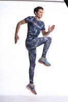 Basket-ball hommes Vestes haut de compression Gym Fitness course vé sports masculins de T-shirt vêtements de vêtements de sport Jogger plus