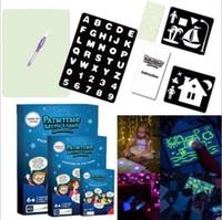 2020 A3 A4 A5 LED luminoso Drawing Board Graffiti Doodle Escrever Desenho Tablet Magia Desenhar com luz fluorescente Fun Pen brinquedo educativo