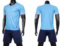 Top 2019 homens Football terno bordo luz adulto Custom Logo mais o número Conjuntos de Futebol online com shorts personalizadas Uniformes kits Sports