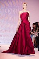 Zuhair Murad Strapless Prom Vestidos Formais 2019 Modest Haute Couture Até O Chão Longo Formal Vermelho Escuro Ocasião Evening Red Carpet Gown