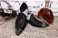 Neue männer Niet Schuhe metallschnalle Handgemachte Männer Müßiggänger Party Hochzeitskleid Freizeitschuhe Metall Toe Männer Wohnungen H185