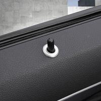 باب رفع الترباس قفل دبوس دبابيس تغطية تريم ملصقات التصميم للحصول على سيارة مرسيدس بنز C فئة W204 C180 C200 2009-2014 ملحقاتها السيارات