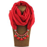 Collana di sciarpa stile bohemien di design per le donne moda gioielli sciarpa di colore solido poliestere rotondo perlina ciondolo anello sciarpa regali