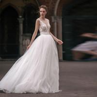 Milva 비치 웨딩 드레스 등이없는 V 넥 레이스 아플리케 Boho 웨딩 드레스 저렴한 라인 보헤미안 신부 드레스