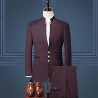 El novio más barato esmoquin borgoña padrino de boda chino Mao se adapta al collar del mejor traje de hombre / boda / traje de hombre (chaqueta + pantalones + chaleco)